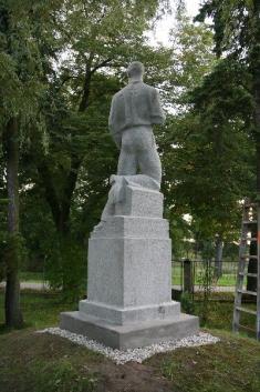 Rekonstrukce pomníku padlým v Dívčicích-vsi